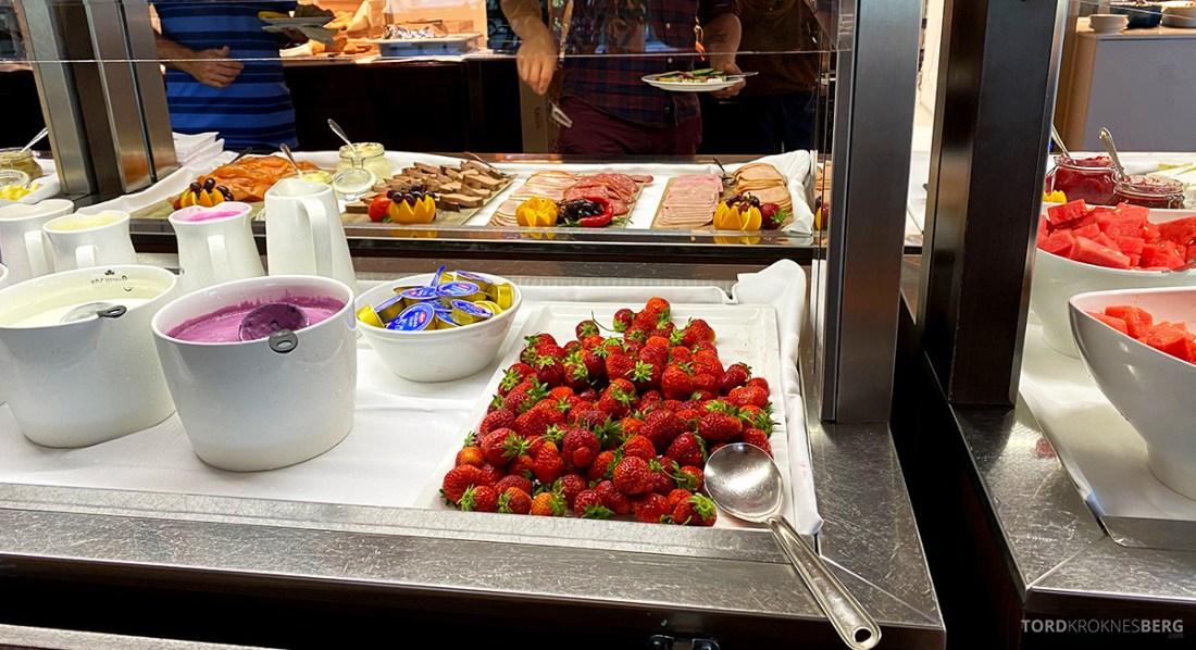 Sola Strand Hotel Stavanger frokost jordbær