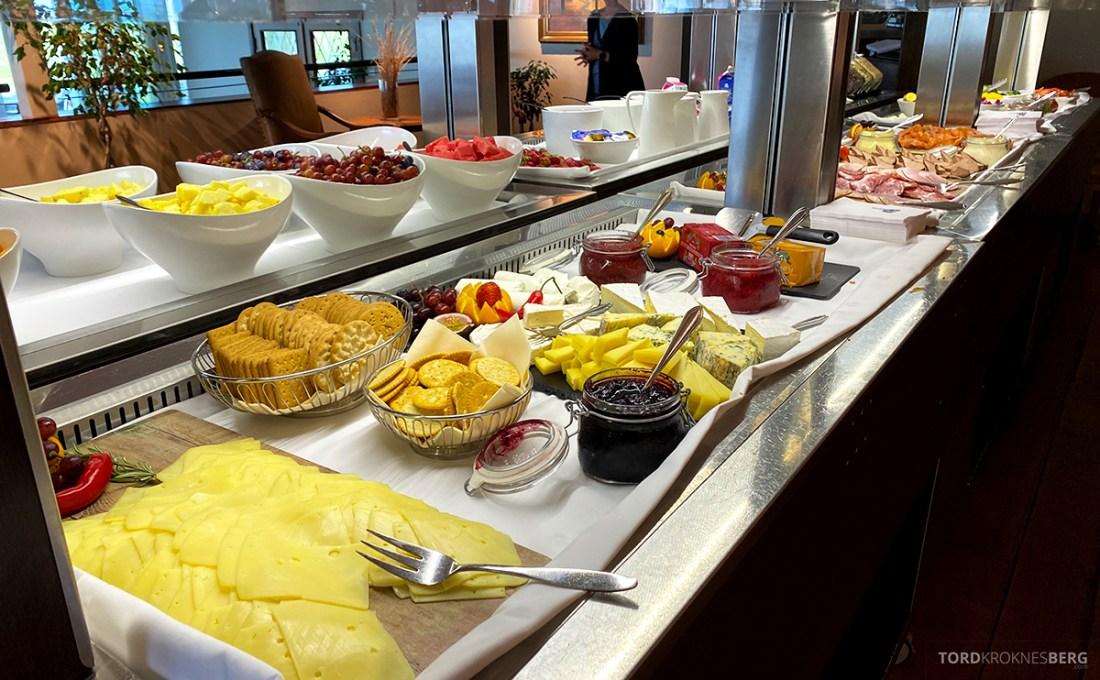 Sola Strand Hotel Stavanger frokost ost