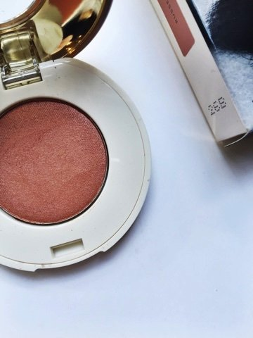 FRIDAY FAV: H&M High Impact Eye Colour