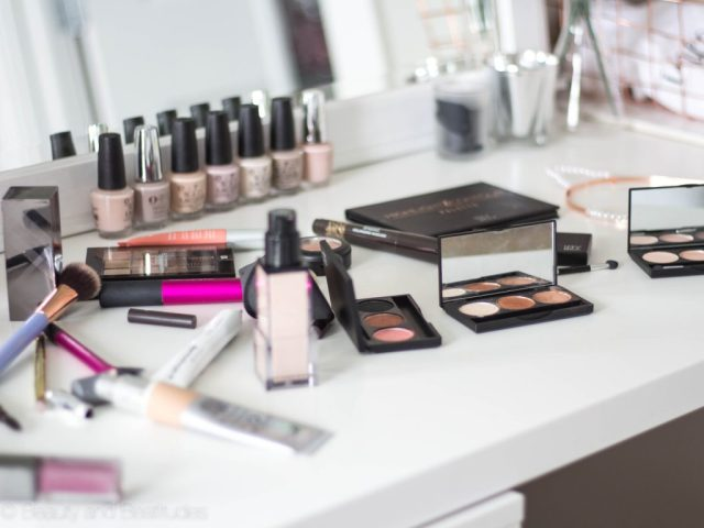 Fall Makeup Look | Bronze Eyes + Purple Lips