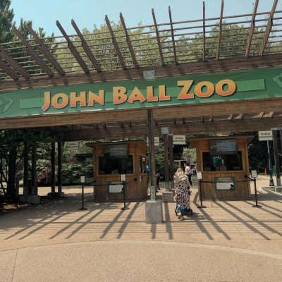 The Perfect Day Trip | John Ball Zoo