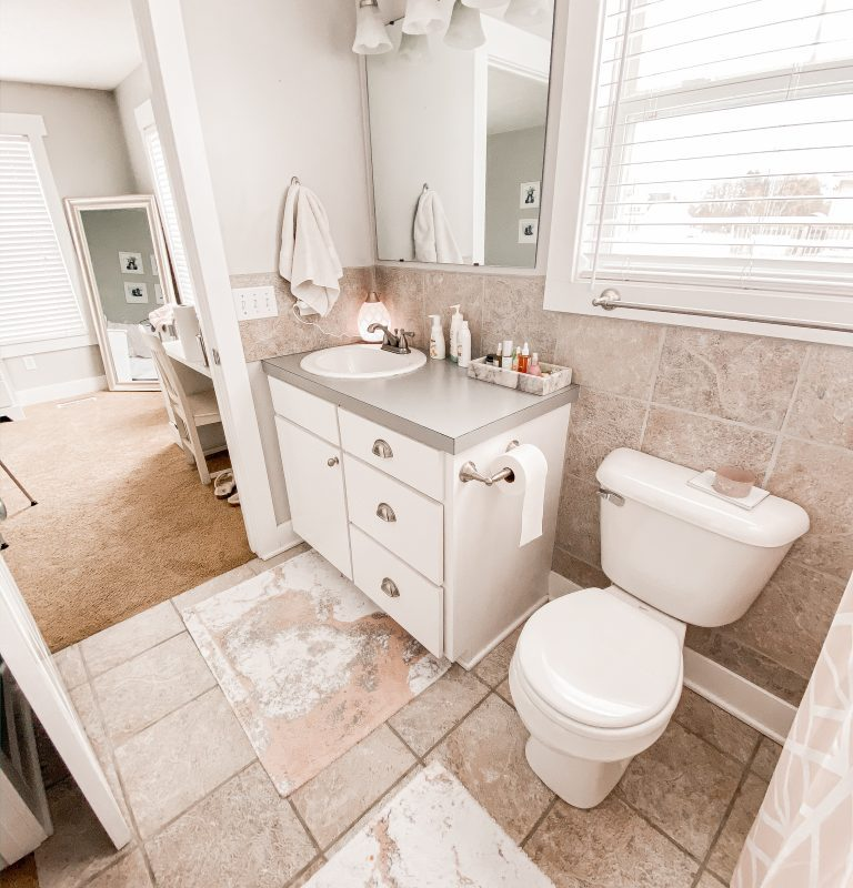 Spring Clean With Me! | Bathroom