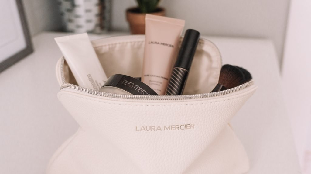 GRWM All Laura Mercier + Laura Mercier Caviar Stick Giveaway
