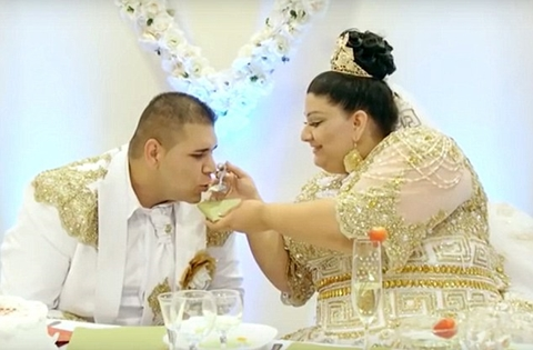 The Ultimate Lavish Wedding 19 Year Old Bride Wears 175 000 Pounds Dress Showered With Gold Photos News Of Africa Online Entertainment Gossip Celebrity Newspaper Breaking News,Mother In Law Wears Wedding Dress To Sons Wedding