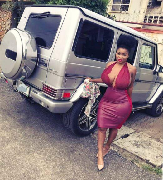 {filename}-Popular Lagos Slay Queen Parades Her Boobs On Instagram In Sensual Photos
