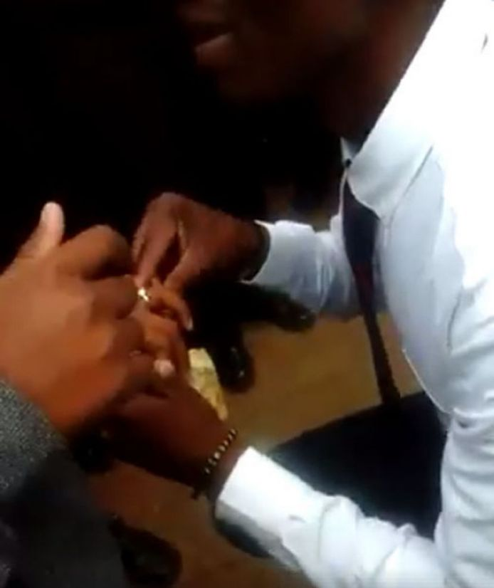 Tlo3 - 18-Year-Old Secondary School Student Proposes To His 16-Year-Old Girlfriend Only For This To Happen (Photos)