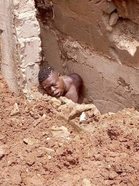 Young Man Dies After Foundation Of Building He Was Digging Fell On Him (Graphic Photos) 2