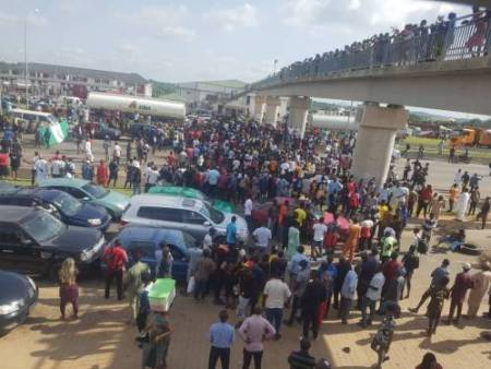 Abuja protesters