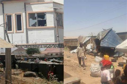 Angry Mob Destroy Deputy Governor'S House