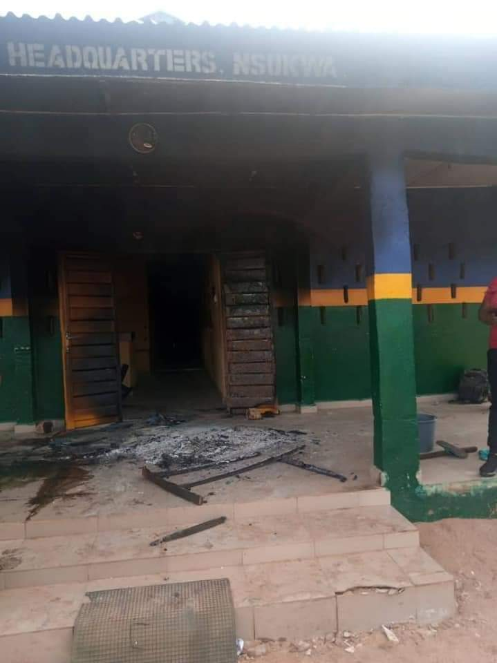 Police station set ablaze in Delta