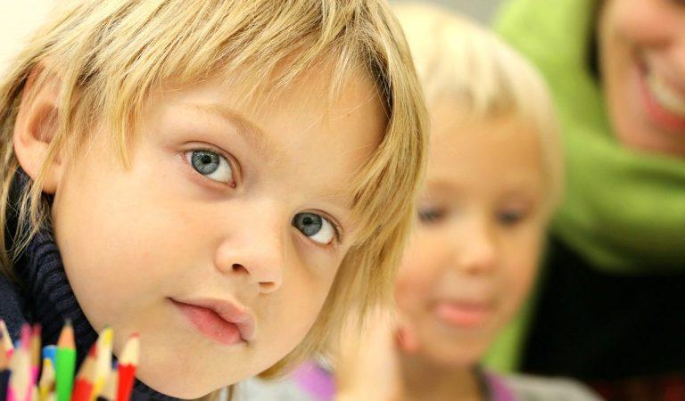 Due bambine non vaccinate escluse da scuola: la madre fa lo sciopero della fame