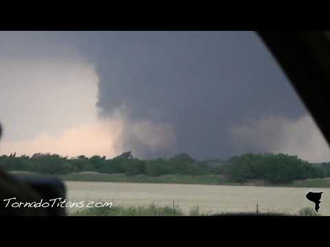 May 24, 2011 Storm Chase | Chickasha, OK Violent Monster Tornado