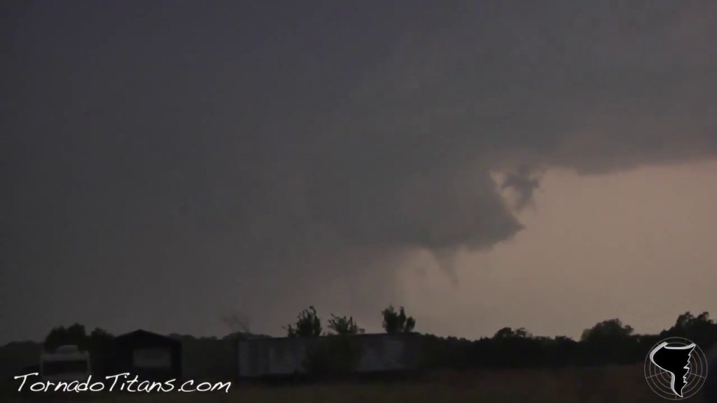 April 22, 2011 Storm Chase | Garvin-Pontotoc County Tornadic Supercell