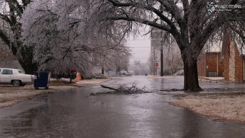 January 15, 2017 Storm Chase   Canton, Oklahoma Ice Storm