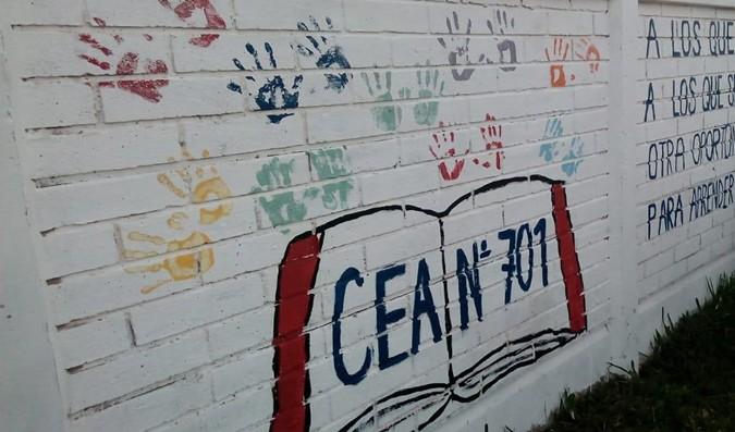 """Pintura mural: """"Huellas del Centro de Educación de Adultos en Tornquist"""""""