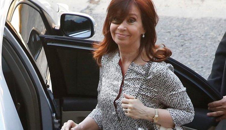 Cristina ya participa del juicio oral en su contra por irregularidades en la obra pública