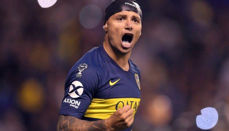 Vélez decidió expulsar como socio a Mauro Zárate