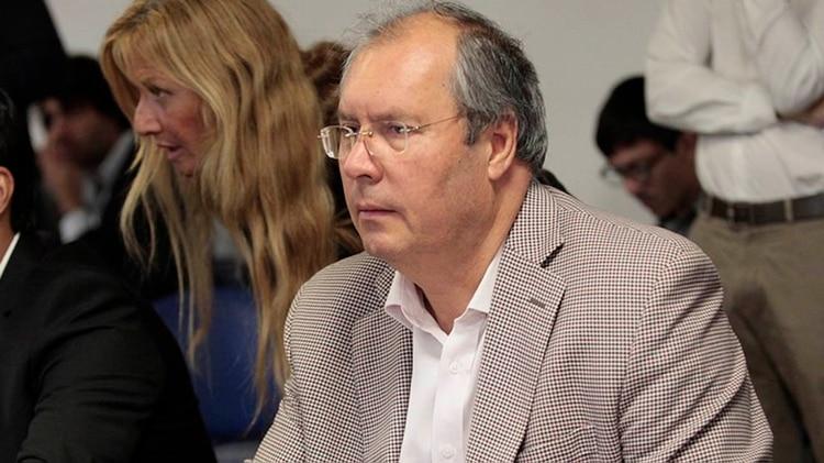 Conmoción en el Congreso, balearon al diputado nacional Héctor Olivares