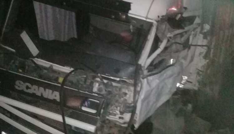 Ruta 33 – Fue terrible el accidente de camiones a la altura del km 30