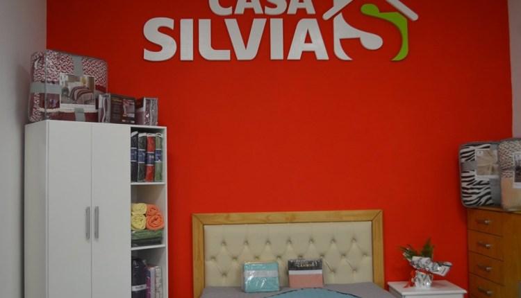 Tornquist – «Casa Silvia» incorpora personal armador de muebles