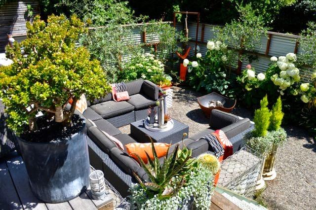 Two practical ideas for a split-level garden - Toronto Gardens on Split Garden Ideas id=70345