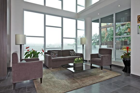 1048 Broadview Ave 503 Toronto-large-003-5-Building Lobby-1500x1000-72dpi