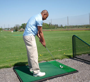 Jajeevan Ratnasingham playing golf