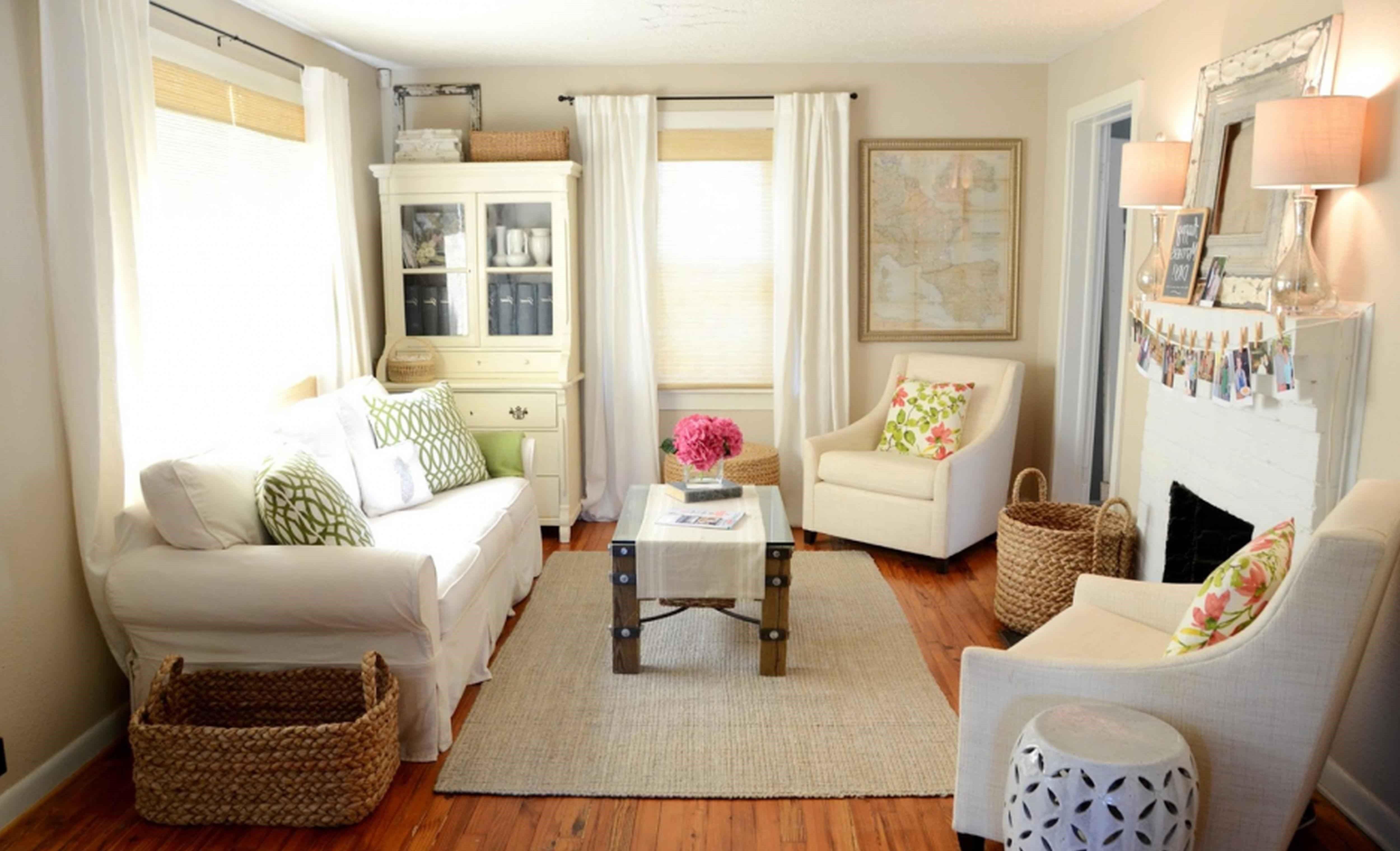 The 10 cardinal sins of Toronto apartment decor that thou ... on Living Room Decor  id=79624