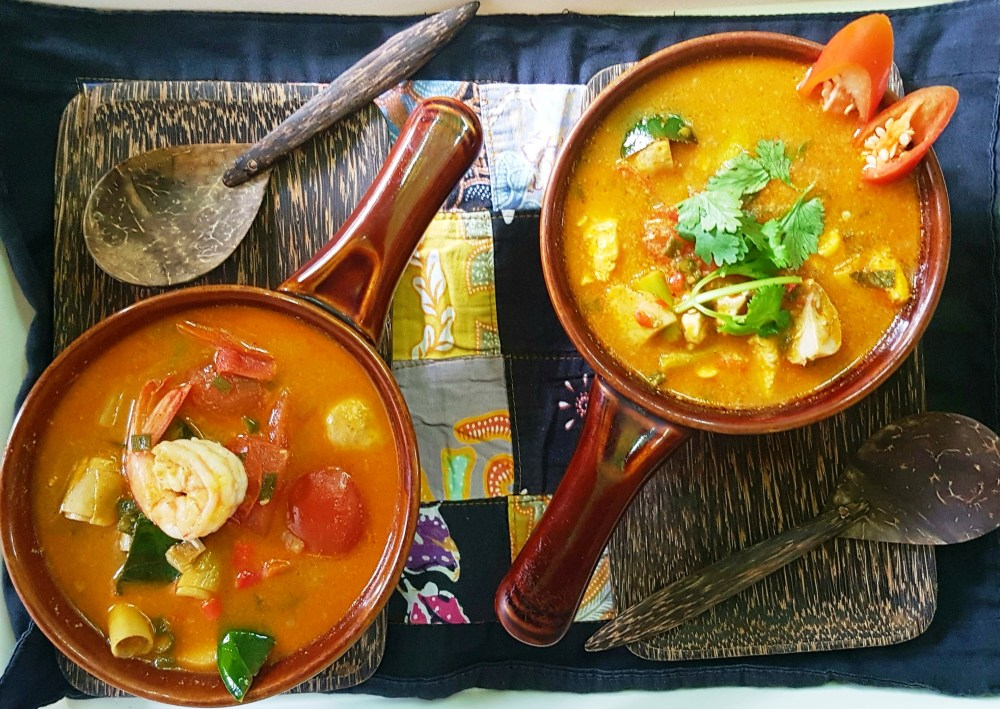 Tom Yum Goong and Tom Yum Gai Trazy - Thailand Silom Thai Cooking School Class in Bangkok!