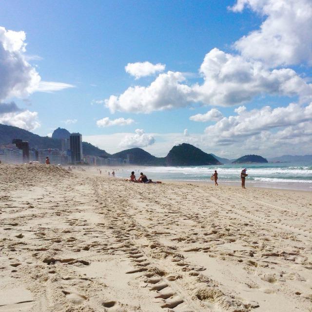 Copacabana beach, day tour rio de janeiro
