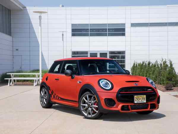 MINI USA Meets Mid-Summer With Introduction of New Special ...
