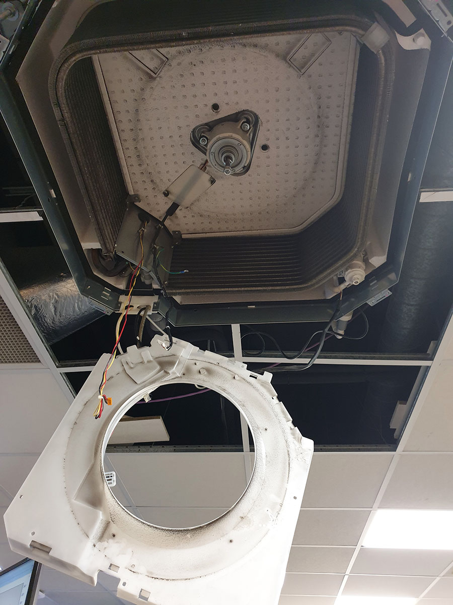 Air conditioning cassette system being deep cleaned