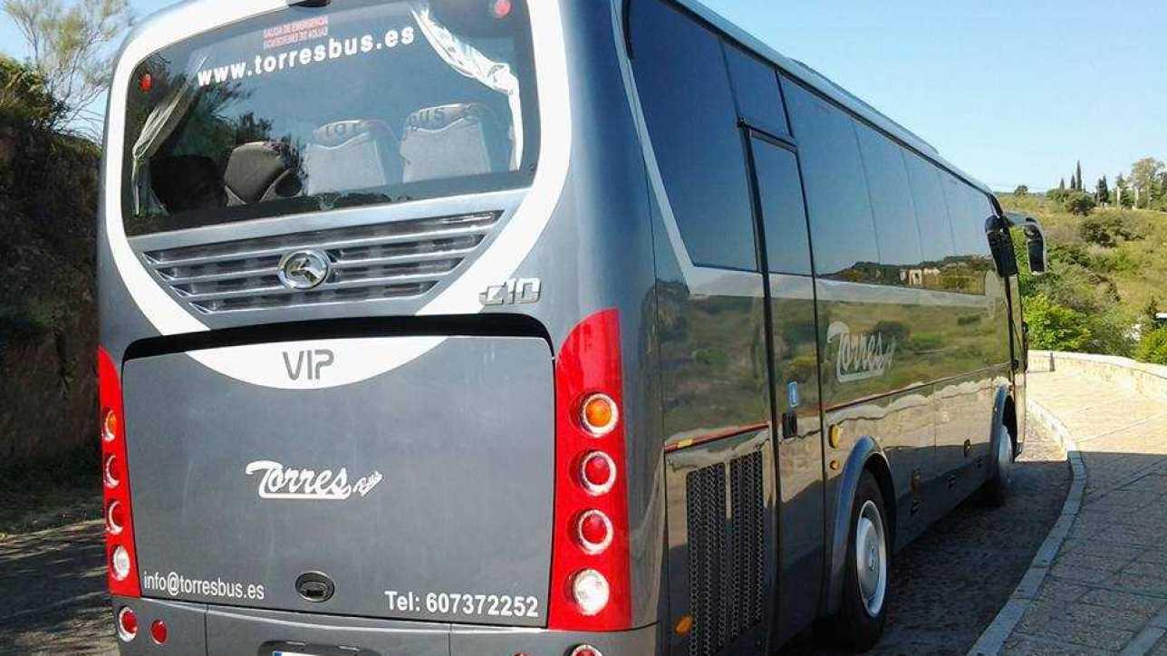 Location de bus sièges 12