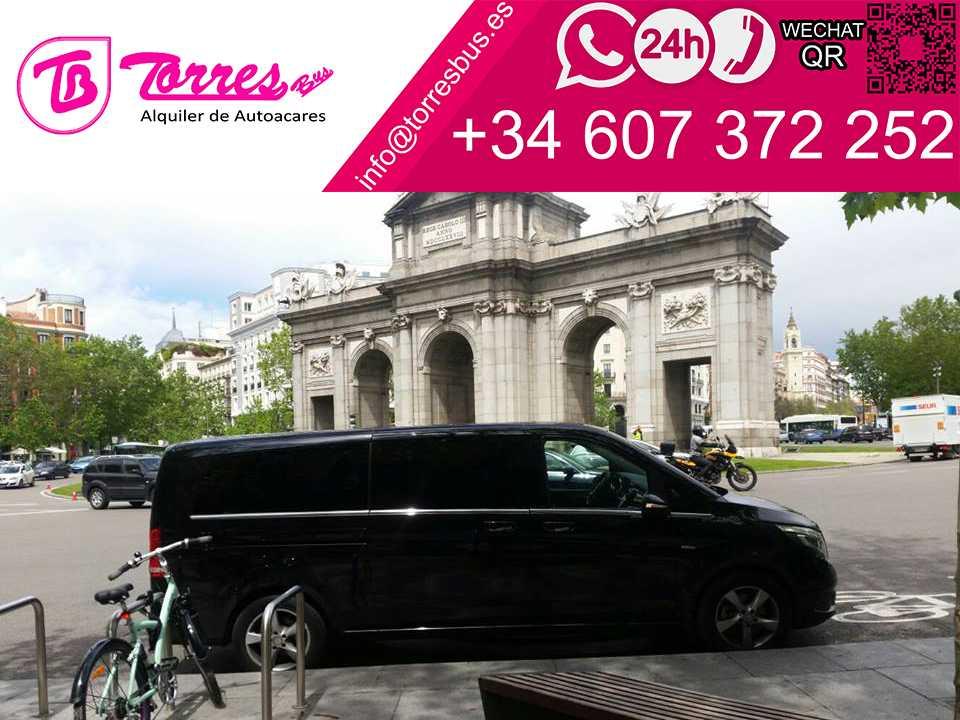 7 VIP seat minivan rental - LUJO Madrid