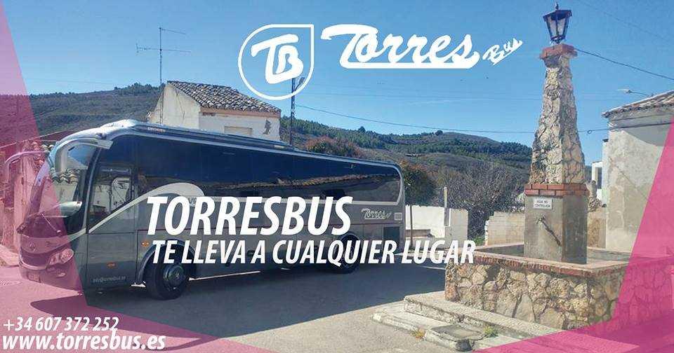 închiriați un autobuz în Madrid pentru mese de Crăciun