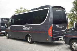 închiriere de microbuze în ambasade din Madrid transport de pasageri aeroport de Madrid barajas