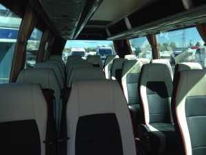 închiriere de microbuze în compania de transport din madrid