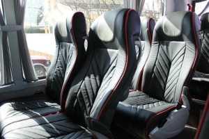 Madrid bachelor party bachelor party con tavoli minibus con tavoli