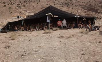 España Rumbo al Sur 2017. Encuentro con unas misioneras en el campamento de Tatiuine. (Photo: Jose L. Cuesta).