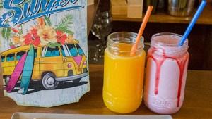 zumos y batidos naturales con y sin leche en T-Surf Tiki Bar