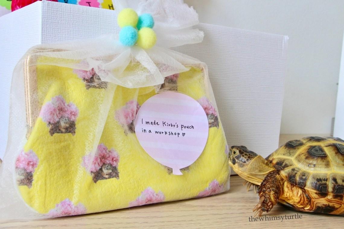 Zomg!  Tito, Nico, and Joa's humom handmade this beautiful pouch herself?!