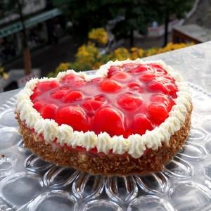Erdbeerherz Fur Besondere Anlasse Torten Liebe