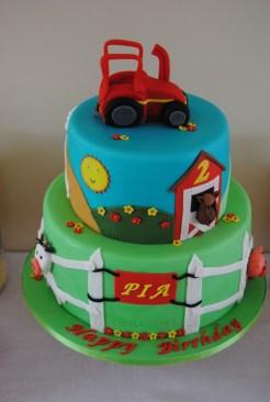 Tractor-Farm Cake