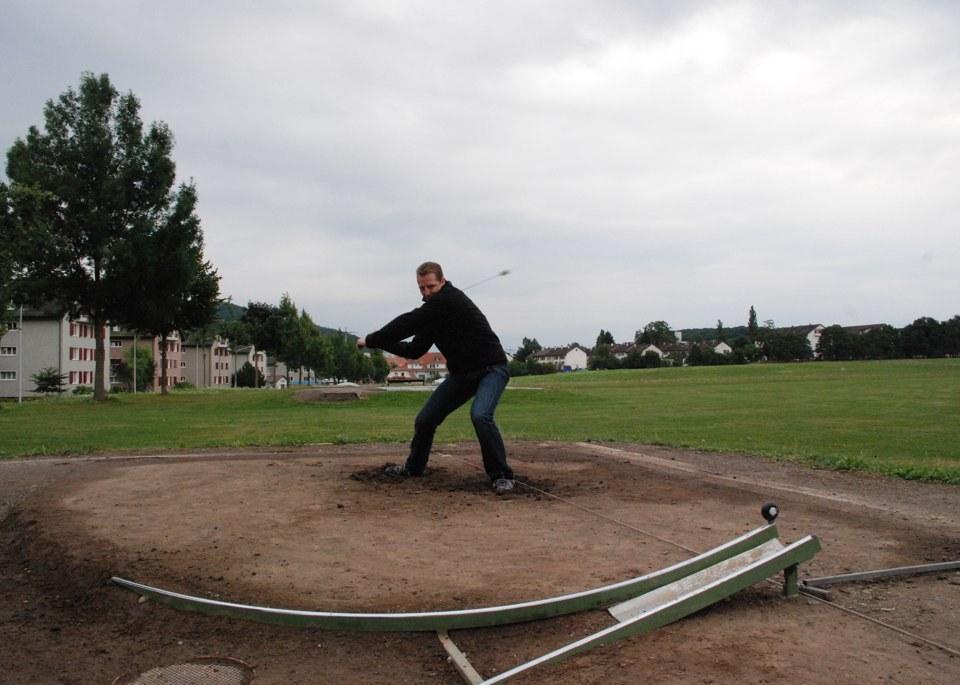 Sport più strani nel mondo: Hornussen