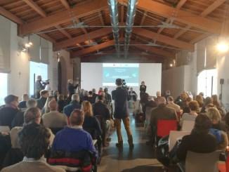 Un momento della presentazione del Libro Verde del Turismo in Toscana al Museo del Tessuto di Prato