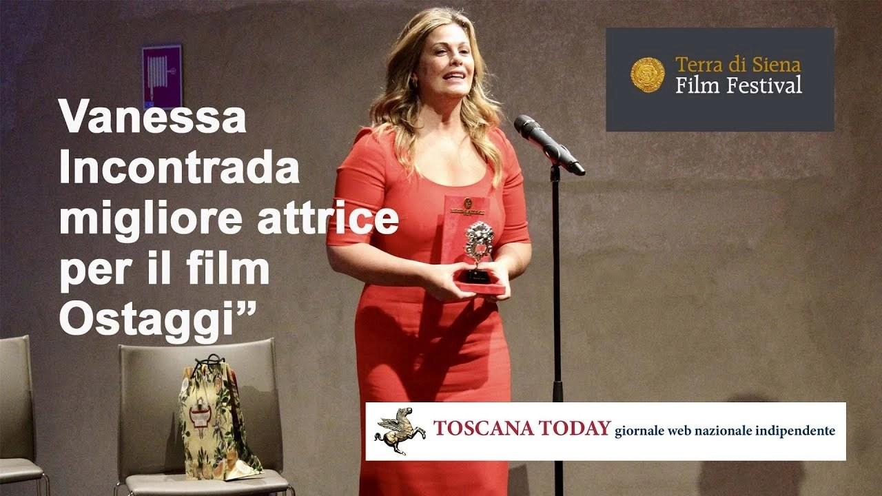 Vanessa Incontrada premiata a Siena