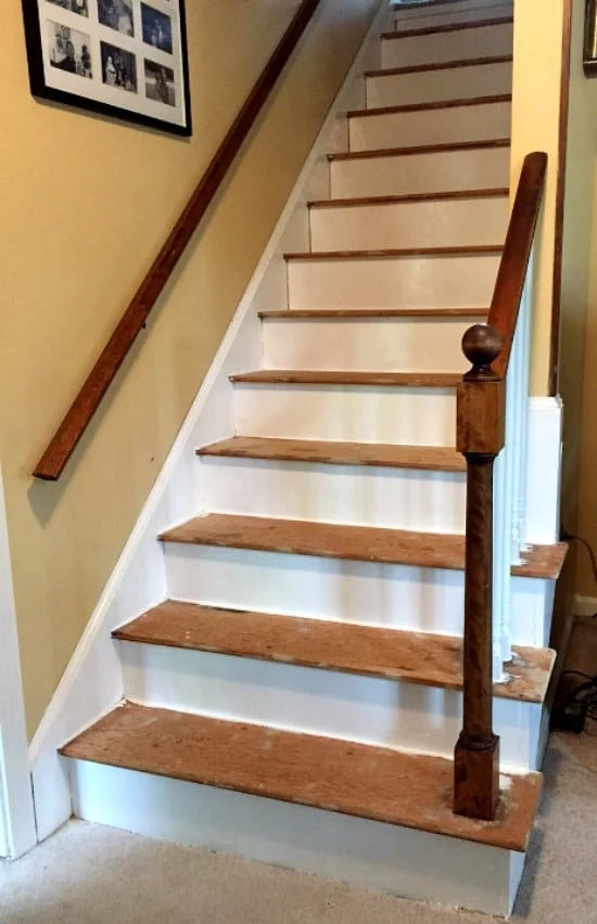 How To Remove Carpet From Stairs And Paint Them | Stairs With Carpet In The Middle | Runner Corner | Laminate | Contemporary | Run On Stair | Marble