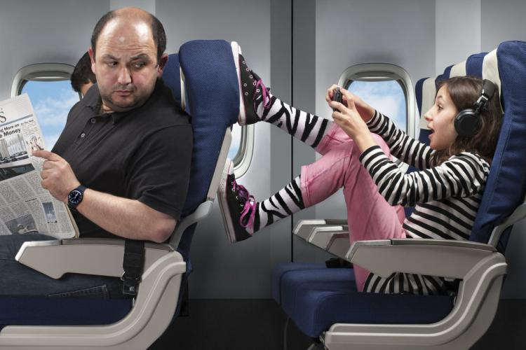 10 Top Tips for Flying with Kids