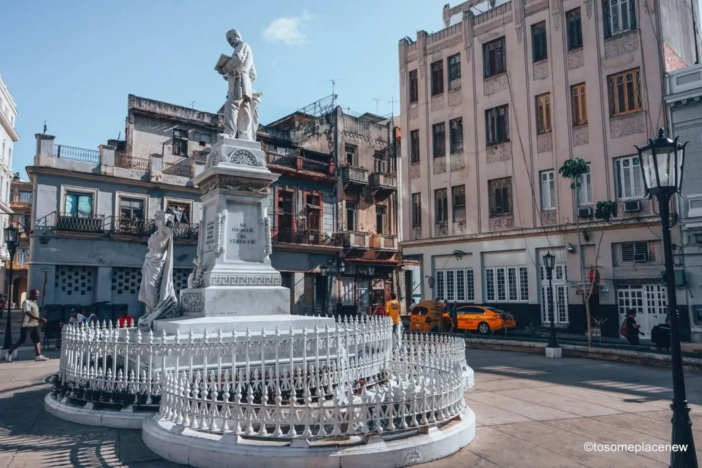 45 Beautiful pictures of Havana Cuba. Every street in Havana tells an interesting story. Include these stunning spots to your Cuba travel itinerary.
