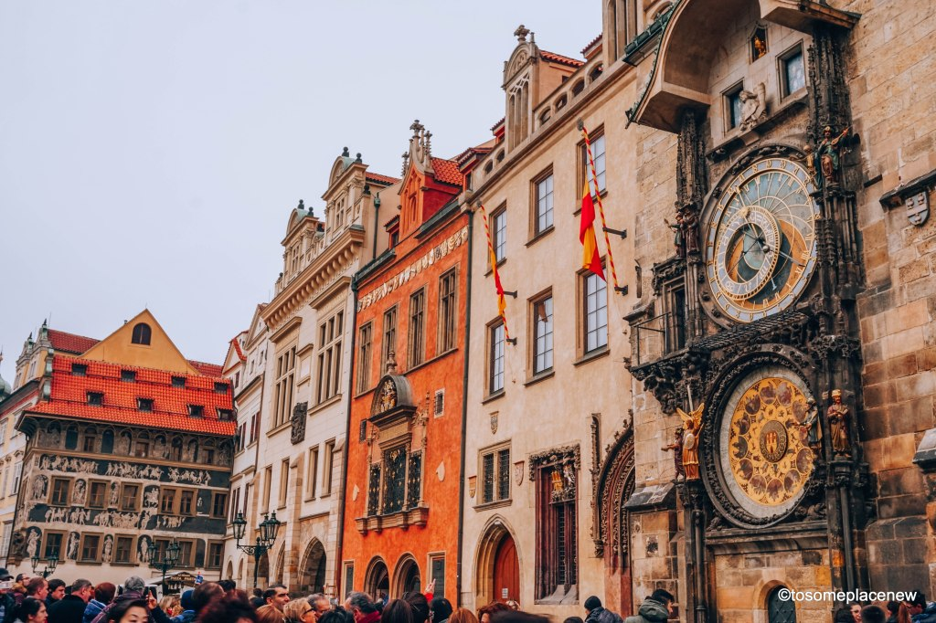 The best sightseeing guide for your trip to #Prague - add the Astronomical Clock to your Prague Travel Itinerary